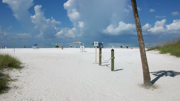 Crescent Beach on Siesta Key Florida