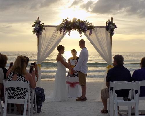 Island Getaway Ceremony Package