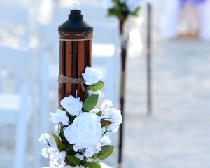 Ceremony Value Package with 4 Tiki Torches
