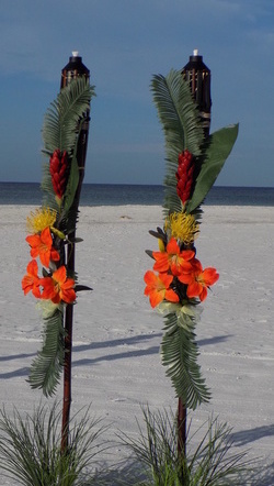 Tropical Island Floral Tiki Decorations