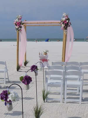 Lido key beach wedding package in pink Image 1
