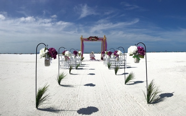 The Lido key wedding package for weddings on the beach Image 1
