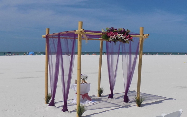 Weddings on the beach in Siesta key Florida Image 1