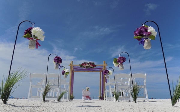 Weddings on the beach in Venice Florida Image 1