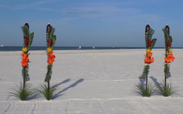 Tropical Tiki Beach Wedding Decorations All Suncoast Fl Locations